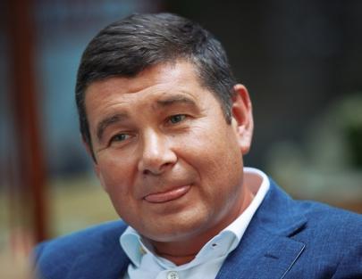 Какое отношение Фукс и Онищенко имеют к 1.5 миллиардам долларов Януковича?