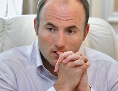 Онищенкозаменитель покупает ПИБ